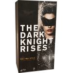 The Dark Knight Rises - Selina Kyle Catwoman (Damaged)